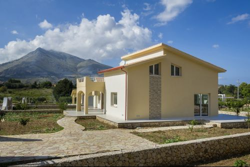Appartamenti in Villa - Borgo Aranci - unifamiliare_4_P.jpg